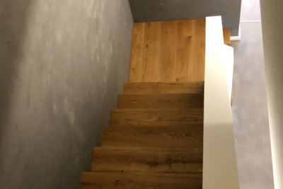 Flur, Treppenaufgang Spachteltechnik